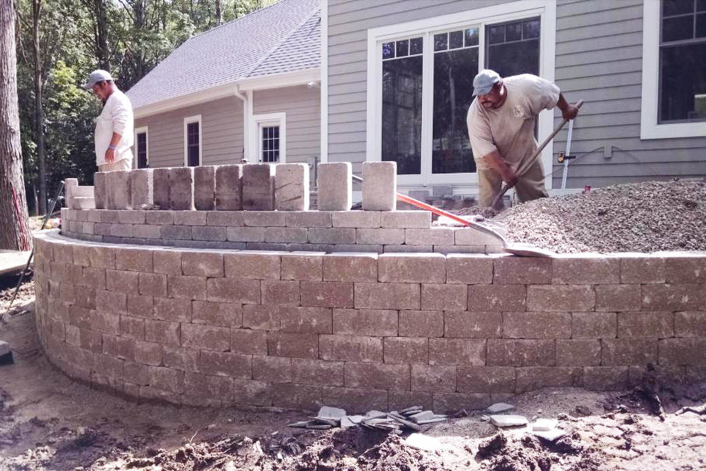 Retaining Walls, Patios, Walkways